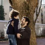 Pierfrancesco Favino con il figlioletto nella finzione di Moglie e marito di Simone Godano (Italia, 2017)