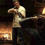 Antonio Banderas minaccia Jonathan Rhys-Meyers nel corso di Black Butterfly di Brian Goodman (USA, 2017)