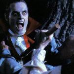 Tradizionale paletto nel cuore per il Conte Dracula durante Scuola di mostri di Fred Dekker (The Monster Squad, USA 1987)