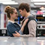 Lily James e Ansel Elgort in un momento romantico di Baby Driver - Il genio della fuga di Edgar Wright (UK, USA 2017)