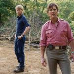 Domhnall Gleeson e Tom Cruise in un'immagine tratta da Barry Seal, una storia americana di Doug Liman, (American Made, USA, 2017)