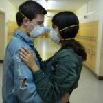Amore con pericolo di contagio in Viral di Henry Joost e Ariel Schulman (USA, 2016)