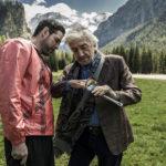 Alessandro Gassmann e Gigi Proietti in un momento de Il premio di Alessandro Gassmann (Italia, 2017)