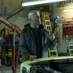 Bruce Willis pronto alla violenza durante Il giustiziere della notte di Eli Roth (Death Wish, USA 2018)
