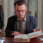 Ancora Depp immerso nella lettura durante La nona porta di Roman Polanski (The Ninth Gate, Francia, USA, Spagna 1999)