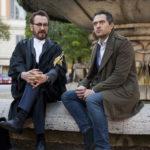 Marco Giallini e Claudio Santamaria in un momento di Rimetti a noi i nostri debiti di Antonio Morabito (Italia, Svizzera, Polonia 2018)