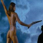Una simbolica e sensuale immagine tratta da Cantando dietro i paraventi di Ermanno Olmi (Italia, UK, Francia 2003)