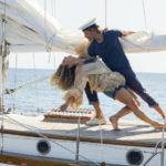 Passo di tango per Lily James e Josh Dylan durante Mamma Mia! Ci risiamo di Ol Parker (Mamma Mia! Here We Go Again, UK, USA 2018)