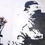 Una delle opere dell'artista nel documentario L'uomo che rubò Banksy di Marco Proserpio (Italia, 2018)