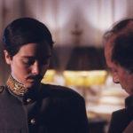 Ancora Theresa Russell in abiti maschili con Nicolas Roeg sul set del segmento da lui diretto in Aria (1987)