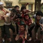 Morti viventi all'attacco (si fa pr dire) in Zombie contro Zombie di Ueda Shinichiro (Kamera o tomeru na!, Giappone 2017)