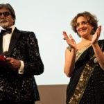 Il regista Amitabh Bachchan con Selvaggia Velo sul palco del River to River Florence Indian Film Festival 2012