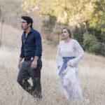 Chris Messina e Amy Adams in un momento di Sharp Objects serie tv diretta da Jean-Marc Vallée (USA, 2018)
