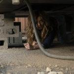 Donne terrorizzate durante The Punisher, serie tv creata da Steve Lightfoot (USA, 2017)