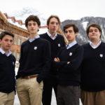 Foto di gruppo per i giovani protagonisti de I figli della notte di Andrea De Sica (Italia, 2016)