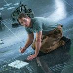 Chris Pratt in un momento di Passengers di Morten Tyldum (USA, 2016)