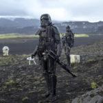 Ancora un'immagine tratta da Rogue One: A Star Wars Story di Gareth Edwards (USA, 2016)