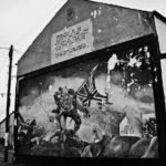 """Un murale in ricordo del """"Bloody Sunday"""" in Irlanda del Nord"""