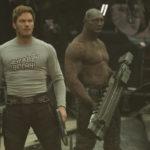 Chris Pratt e Dave Bautista in Guardiani della galassia vol, 2 di James Gunn (Guardians of the Galaxy Vol. 2, USA 2017)