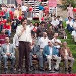 Javier Bardem a comizio durante Loving Pablo di Fernando León de Aranoa (Spagna, 2017)