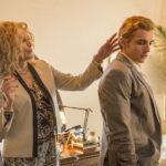 Sharon Stone e Dave Franco in un'altra immagine tratta da The Disaster Artist di James Franco (USA, 2017)