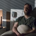 Un'inquietante immagine tratta da Slumber - Il demone del sonno di Jonathan Hopkins (Slumber, UK, USA 2017)