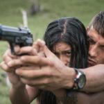 Lezioni di arma da fuoco in Killing Jesus di Laura Mora (Matar a Jesùs, Colombia 2017)