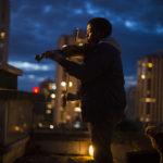 Giovani violinisti crescono nel corso de La mélodie di Rachid Hami (Francia, 2017)