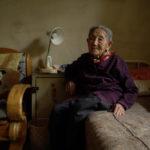 Un'anziana donna nel documentario Dead Souls di Wang Bing (Francia, Svizzera 2018)