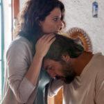 Bárbara Lennie e Javier Bardem in un momento pregnante di Todos lo saben di Asghar Farhadi (Spagna, Francia, Italia 2018)