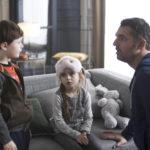 Ancora Arnaud Ducret e la sua famiglia acquisita nel corso di Famiglia allargata di Emmanuel Gillibert (Les dents pipi et au lit, Francia 2018)
