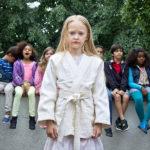 Ancora la piccola Esther Quigley in un momento di The Girl, the Mother and the Demons di Suzanne Osten (Flickan, mamman och demonerna, Svezia 2016)