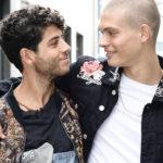Ancora i due attori in un immagine tratta da Just Friends di Ellen Smit (Gewoon Vriende, Olanda 2018)