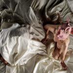 Una grottesca immagine tratta da La guerra del maiale di David Maria Putortì (Argentina, Italia 2012)