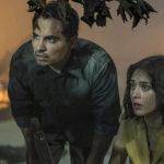 Michael Peña e Lizzy Caplan in un momento di Extinction di Ben Young (USA, 2018)