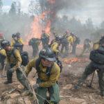 In lotta contro gli incendi durante Fire Squad - Incubo di fuoco di Joseph Kosinski (Only the Brave, USA 2017)