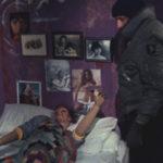 Jeo Spinell ed una vittima in un'immagine tratta da Maniac di William Lustig (USA, 1980)