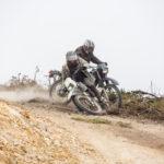 Corse in moto in Hermanos di Pablo Gonzaléz (Colombia, 2018)