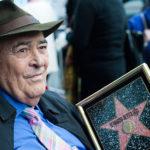Bernardo Bertolucci sfoggia con orgoglio la Stella hollywoodiana