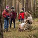 Nei boschi incantati in Ötzi e il mistero del tempo di Gabriele Pignotta (Italia, 2018)