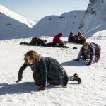 Tutti sulla neve in La Befana vien di notte di Michele Soavi (Italia, 2018)