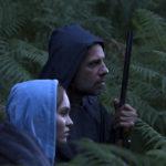 Lily-Rose Depp e Laurent Lafitte in un momento di Les fauves di Vincent Mariette (Francia, 2018)
