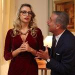 Martina Stella e Massimo Ghini in Natale a 5 stelle di Marco Risi (Italia, 2018)