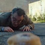 Situazione surreale per Paolo Sassanelli in Nevermind di Eros Puglielli (Italia, 2018)