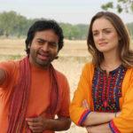 Due degli interpreti di T For Taj Mahal di Kireet Khurana (India, 2018)