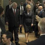 Ancora Bale e Adams, nei panni di Dick Cheney e sua moglie Lynn, in un'immagine tratta da Vice - L'uomo nell'ombra di Adam McKay (Vice, USA 2018)