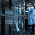 Un'altra immagine di Shay Mitchell, protagonista de L'esorcismo di Hannah Grace di Diederik Van Rooijen (USA, 2018)