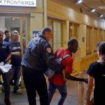 Un raid della polizia francese nel documentario Libero di Michel Toesca (Libre, Francia 2018)