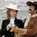 Catherine Deneuve e Marcello Mastroianni in un momento di Non toccare la donna bianca di Marco Ferreri (Francia, Italia 1974)