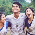 Manifestazioni di gioia per i personaggi di Bulbul Can Sing di Rima Das (India, 2018)